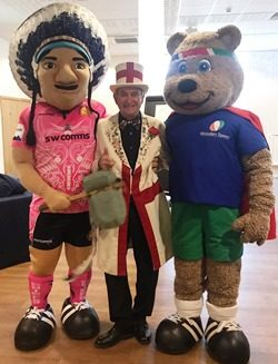 Spoony, Big Chief and Mr England, the official mascot of the RFU